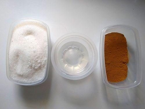 Cinnamon Foot Scrub For An At-Home Pedicure