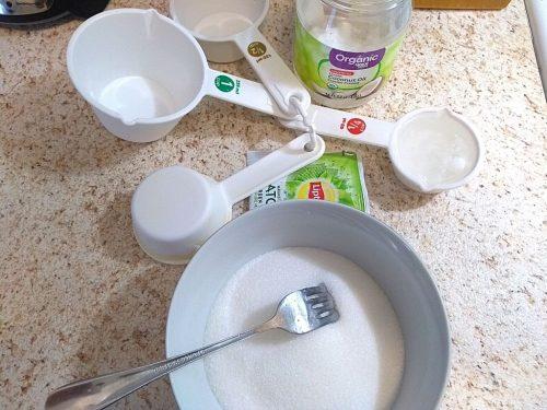 DIY Green Tea Sugar Scrub Cubes